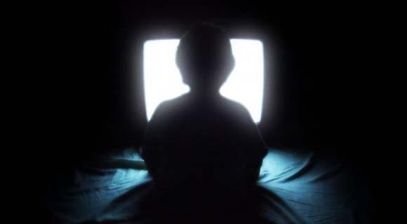La Televisión está Convirtiendo a la Humanidad en Zombis